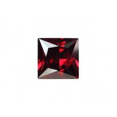 Фианит красный гранат, квадрат, 10х10мм