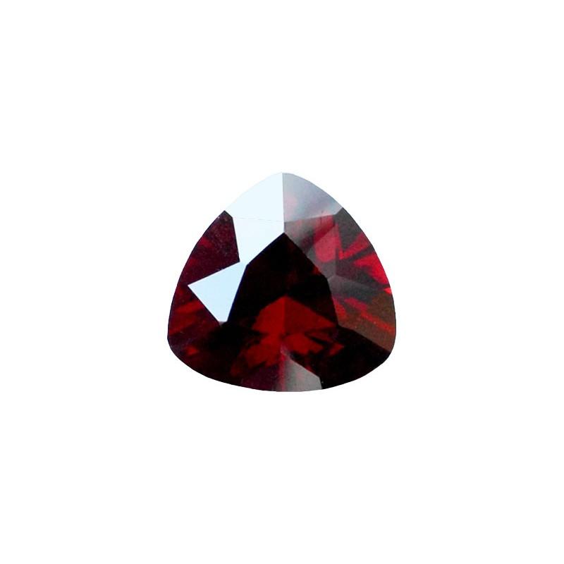 Фианит красный гранат, триллион, 15х15мм